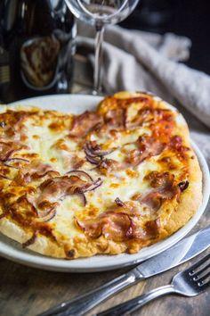 Glutenfri pizzadeg | Fredriks fika - Allas.se Lactose Free Recipes, Gluten Free Baking, Veggie Pizza, Foods With Gluten, No Bake Cake, Italian Recipes, Baking Recipes, Clean Eating, Food And Drink