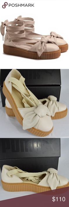 FENTY Puma by Rihanna Bow Creeper Sandal 9.5 This Creeper Bow Sandal takes the Creeper sole and creates a spring espadrille style look with the laces and bow details. Taking inspiration from fans, who uniquely used Creeper's laces as added accessories to their Creepers, you can lace your Creeper Bow Sandals all the way up your oh-so-sexy ankle. SIze: 9.5 Color: Oatmeal NEW with Box Gum Creeper Sole Soft Leather Upper with a bow construction on the toe Long Sneaker Laces for a…