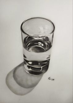 Brilliant Draw A Glass Ideas. Exquisite Draw A Glass Ideas. 3d Art Drawing, Object Drawing, Art Drawings Sketches Simple, Cool Art Drawings, Pencil Art Drawings, Realistic Drawings, Drawing Ideas, Still Life Drawing, Still Life Art