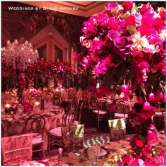 "@weddingsbydianekhoury's photo: ""More of the wedding we have been planning !! Wedding planner @weddingsbydianekhoury styling @weddingsbydianekhoury and @vesnagrassofloraldesigner flowers @vesnagrassofloraldesigner chandeliers @chandelierstodiefor #weddedwonderland #weddingsbydianekhoury"""