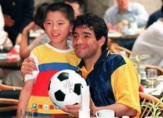 El ídolo de los pibes. Diego Armando, Soccer Ball, Football, Sports, Sevilla, Soccer, Hs Sports, Futbol, European Football