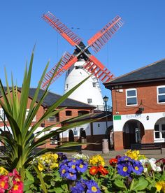 Thornton shares a postal address with Cleveleys but is a separate place where you'll find Marsh Mill windmill. Then of course there's also Thornton Village! Best Places To Live, Great Places, Places To See, Roman Roads, Little Theatre, Central Square, Local Parks, Seaside Towns, Traffic Light