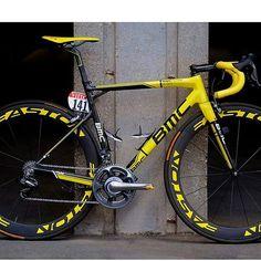 #swimbikerun #triathlon #tri #triathlete #triatleta #cycle #cycling #bike #biking #bikeporn #roadbike #shimano #sram #cyclist #ride #bicycle #criterium #fixie #sprint #endurance #bicycles #triatleta #tri #sram #3t #lovebike #run #cycleporn #자전거타기 #로드바이크 #자전거그램 #로드자전거 #자전거