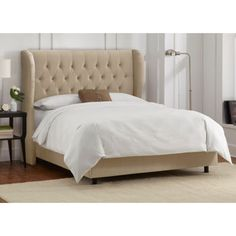 Skyline Furniture Wingback Bed- Love the headboard! Cal King Headboard, Cal King Bedding, Velvet Headboard, Cream Headboard, Full Headboard, Headboard Ideas, Bedding Sets, Wingback Bed, Upholstered Beds