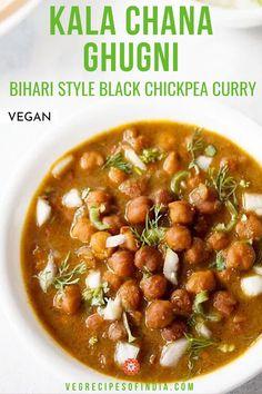 bihari style ghugni recipe, how to make ghugni recipe Easy Vegetarian Curry, Vegetarian Recipes Easy, Curry Recipes, Clean Eating Recipes, Indian Food Recipes, Cooking Recipes, Channa Recipe, Indian Side Dishes, Paratha Recipes