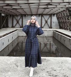 Muslim Fashion, Modest Fashion, Fashion Dresses, Casual Hijab Outfit, Hijab Chic, Modest Dresses, Modest Outfits, Maxi Dresses, Hijab Style Dress