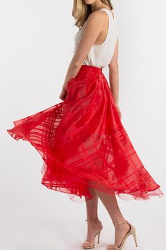 Red Skirts, Tulle Skirts, Valentine's Day Outfits for Women #morninglavender #valentinesday