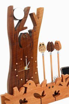 Relógios de madeira