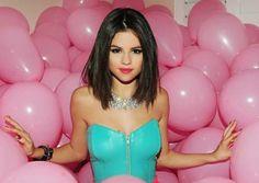 Selena Gomez - Hit the lights