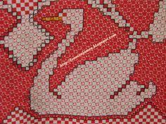 ESSA TOALHA TAMBÉM FOI FEITA HÁ MUITOS ANOS PARA MINHA MÃE. GOSTO BEM MAIS DOS CISNES BORDADOS NO TECIDO XADREZ VERMELHO, FICA MUITO MAIS ... Chicken Scratch Patterns, Chicken Scratch Embroidery, Girl Scout Swap, Girl Scout Leader, Girl Scouts, Bordado Tipo Chicken Scratch, Swedish Embroidery, Corner To Corner Crochet, Mini Album Tutorial