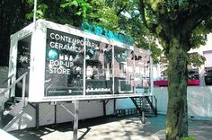 Simply elevating a container changes the tone of a container used as a pop-up store! www.popuprepublic.com