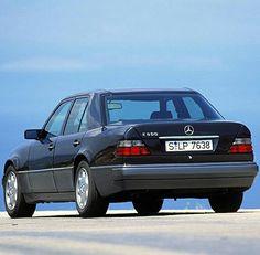 Mercedes 220, Classic Mercedes, Car, Vehicles, Vintage, Automobile, Vintage Comics, Autos, Cars