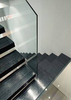 Stairs by cliff leicht on pinterest floating stairs - Appartement duplex winder gibson architecte ...