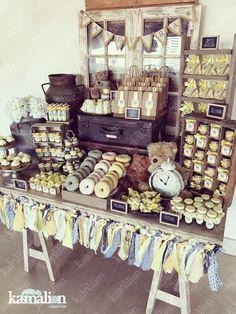 www.kamalion.com.mx - Candy Bar / Decoración / Vintage / Yellow & Gray / Baby Shower / Dulces / Amarillo y gris / Flores / Teddy / Rústico / Window / Ventana / Donut / Donas / Macarons / Garland.