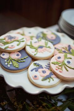 Decorated cookies inspired by the Botanical Wreath invitations by Alethea and Ruth at www.minted.com. They are almost too cute to eat!