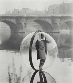 MELVIN SOKOLSKY, Simone, Bubble, Seine, Paris, 1963