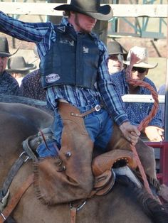 Saddle Bronc Rider Rodeo Cowboys, Riding Helmets, Westerns, Denim, Boots, Jackets, Fashion, Crotch Boots, Down Jackets