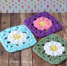 Crochet Granny Square Daisy Free Pattern