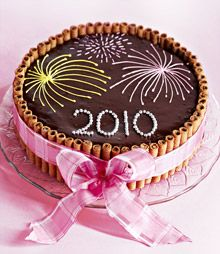 Fireworks cake - For all your cake decorating supplies, please visit craftcompany.co.uk Cake Decorating Frosting, Cake Decorating Supplies, Cake Icing, Cupcake Cakes, Fireworks Cake, Christmas Cake Designs, 4th Of July Cake, New Year's Cake, Homemade Birthday Cakes