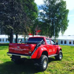 The Top Gear Edition Hilux made by Arctic Trucks Overland Truck, Toyota Hilux, Top Gear, Arctic, Antique Cars, Monster Trucks, Building, Vehicles, Vintage Cars