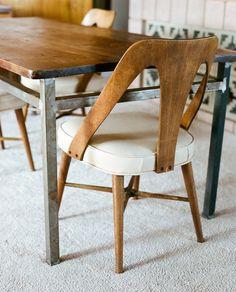 chaise vintage. juste ce qu'il faut ^^ !