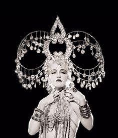 View Cyndi Lauper, headdress, New York by Matthew Rolston on artnet. Browse upcoming and past auction lots by Matthew Rolston. Patti Smith, Jane Birkin, Steampunk, Cyndi Lauper, Dark Eyes, Belly Dance, Headdress, Madonna, Beautiful People