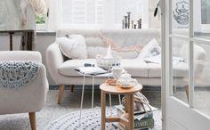 Svetlý interiér s nádychom romantiky   Bonami