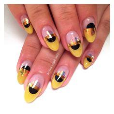 mustard moons for @samanthaward_mua