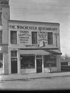 Winchester Restaurant on Main Street near current Post Office. Kentucky Attractions, Clark County, My Old Kentucky Home, Thing 1, Good Ole, Places To Eat, Historical Photos, Back Home, Winchester