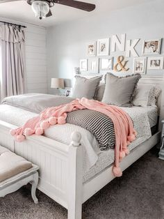 How to layer bedding using a coverlet and duvet. Love these cozy farmhouse bedding ideas. Create a master bedroom you can't wait to come home to! How to layer bedding