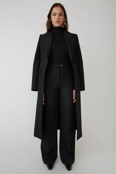 Acne Studios black modern trousers constructed of classic Italian Wool. Women Business Attire, Casual Attire For Women, Business Formal Women, Business Fashion, Suits For Women, Hourglass Outfits, Capsule Wardrobe Work, Office Wardrobe, Black Pant Suit