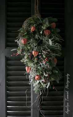 Kerst 2016 , Christmas 2016 , Art de la Fleur , wwwartdelafleur7.nl , Angelique Temmink , Christmas Centerpiece , bloemschikken , workshops , Goedereede , Sobere & Landelijke bloemschik workshops , kerststuk , Groendecoratie , Sober , Bloemstyliste , Photography , Styling