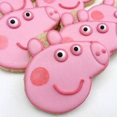 Oh Peppa Pig. Taylor loves her, and I would like to stuff a sock in her mouth the second I hear her voice. But she is really cute in quiet cookie form! #thedoughmestichousewife #doughmestichousewife #decoratedcookies