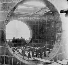 SSPL / Getty :: Construction of the Blackwall Tunnel, 1890's