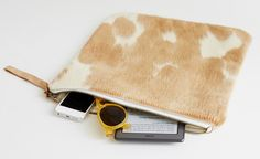 spotted palomino clutch