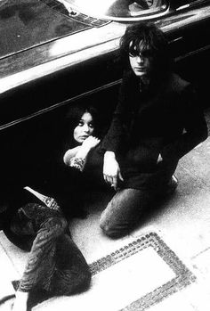 Iggy Rose & Syd Barrett. photo by Mick Rock