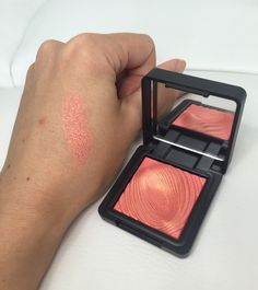 Kiko Water Eyeshadows in 218 Grapefruit Pink Kiko Milano, Makeup Obsession, Rhinoplasty, Best Makeup Products, Beauty Products, Beauty Essentials, Plastic Surgery, Hair Care, About Me Blog