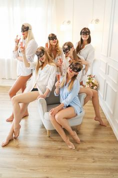 Bachelorette party. Download it at freepik.com! #Freepik #freephoto #people #party #hair #beauty