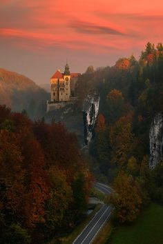 Sunset Castle, Pieskowa Skała, Poland photo by pawel