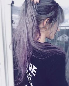 Welp guess heres another Para as cacheadas at the crespas, dormir sem desmanchar computer itself Pretty Hair Color, Beautiful Hair Color, Hair Color Dark, Gothic Hairstyles, Messy Hairstyles, Pretty Hairstyles, Purple Hair, Ombre Hair, Long White Hair