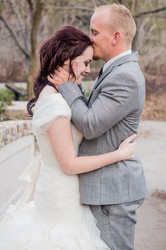 Photos by Cait. www.photosbycait.com . Wedding photography . Wedding . Utah wedding photos . Utah State Capitol wedding photography. Memory Grove Utah