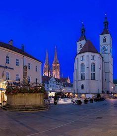 Neupfarrplatz - Regensburg, Bavaria, Germany   by Harald Nachtmann http://www.harald-nachtmann.de