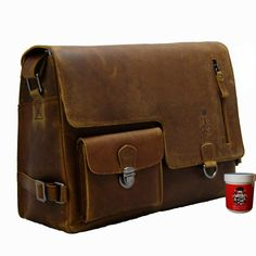 Check out our messenger bags selection for the very best in unique or custom, handmade pieces from our shops. Bering, Messenger Bag Backpack, Satchel, Crossbody Bag, Leather Dresses, Leather Projects, Leather Working, Leather Craft, Bag Making