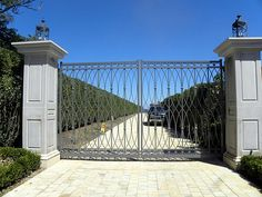 """""""New Gates San Diego"""" repairs and makes all type of gates and supplies these world-wide."""