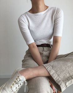 New style jeans summer bags ideas Simple Outfits, Pretty Outfits, Casual Outfits, Cute Outfits, Look Fashion, Korean Fashion, Fashion Outfits, Womens Fashion, Fashion Trends