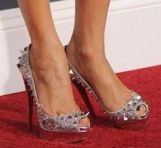 Google rezultati pretraživanja slika za http://www.1000funfacts.com/wp-content/uploads/2011/04/Christian-Louboutin-Shoes.jpg