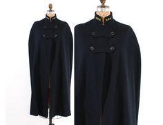 Vintage 40s NURSE CAPE / 1940s WWII Navy Blue Wool Nurse's Cape Cloak #40s #nursecape #40scape #40scoat #cape #wool #cloak #navyblue