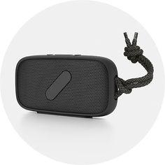 NudeAudio Super M  Ne vous fiez pas à sa petite taille ni à son look de galet : Super M de NudeAudio est une enceinte portable Bluetooth ultrarésistante. Étanche à l'eau et à la poussière et dotée d'une portée d'une dizaine de mètres. #music #sound #bluetooth #deep #waterproof
