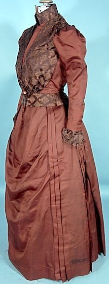 Antique Dress - early 1890s gown. The end of the bustle era and the beginning of the S-curve era
