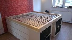 The IKEA Kallax collection Storage furniture is an important section of any home. They provide order and allow you to hold track. Trendy and wonderfully easy the shelf Kallax from Ikea , for example. Ikea Malm, Ikea Hensvik, Bedroom Furniture Names, Diy Furniture, Bedroom Ideas, Diy Bedroom, Bed Ideas, Trendy Bedroom, Furniture Stores